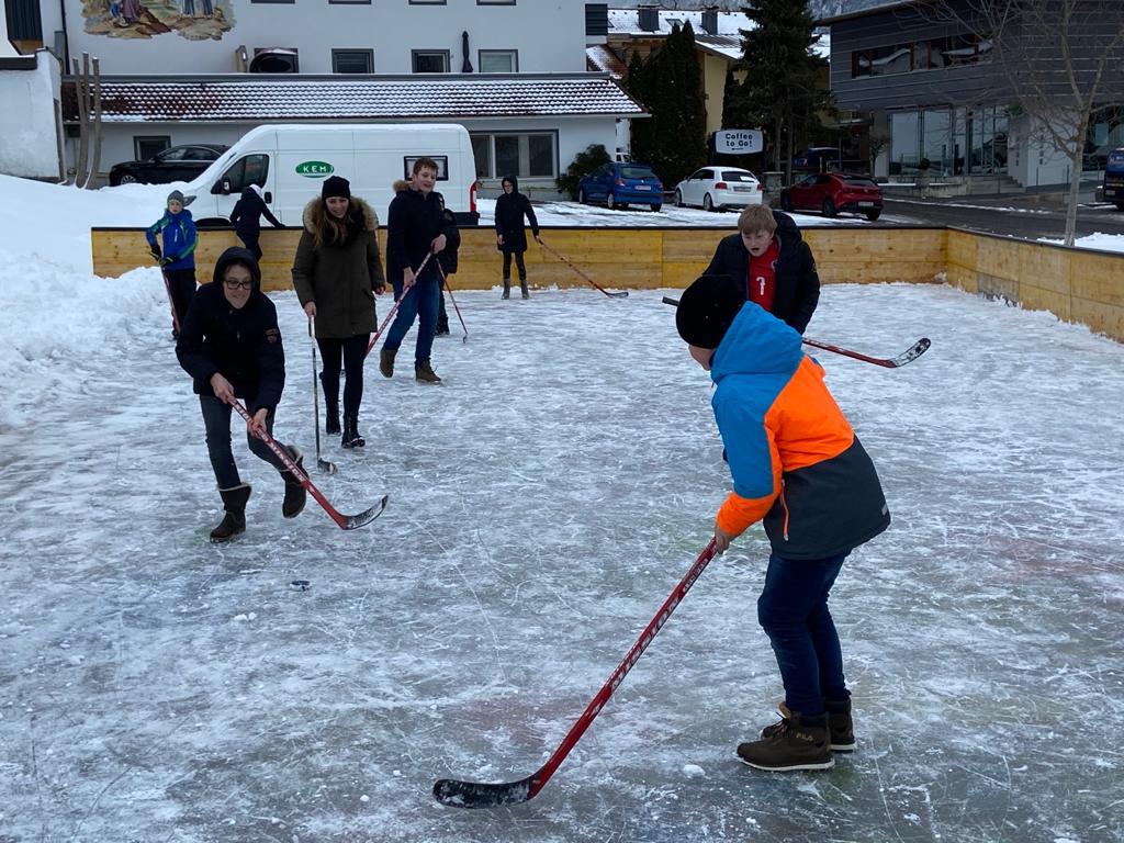2020_Tagesbetreuung_Eishockey_2